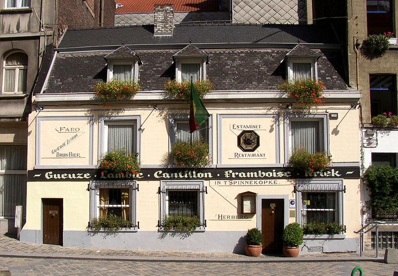 Где поесть в Брюсселе: ресторан In't Spinnekopke