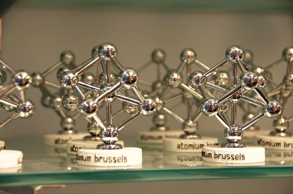 Подарки и сувениры из Брюсселя: безделушки в виде «атомиума»